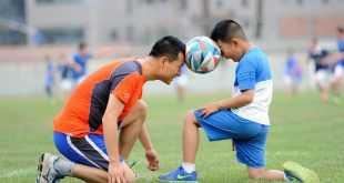football-1533210_1280